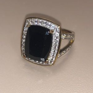 Jewelry - White Diamond and Black Spinel Gold Ring